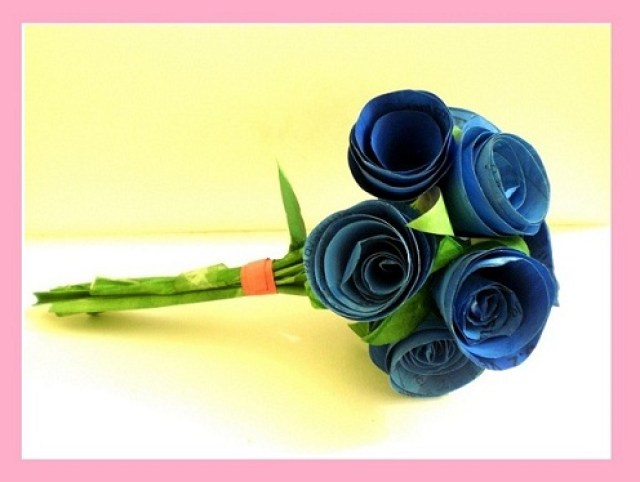 Papercraft roses