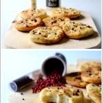 Focaccine di Patate con Pepe Rosa e Sale al Vino Rosso
