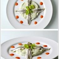 Alici Marinate su Crema di Ricotta al Pecorino e Basilico con Riduzione di Pomodoro