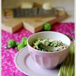 Orecchiette al Pesto di Spinaci con Castelmagno DOP e Mandorle Tostate