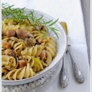 Fusilloni con Castagne, Pancetta e Porri