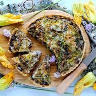 Torta Salata con Melanzane, Fiori di Zucca e Provolone