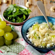Cous Cous con Uva Bianca, Feta, Prezzemolo e Anacardi