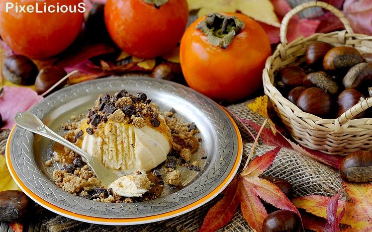 Semifreddo ai Cachi e Rhum con Crumble di Castagne e Cioccolato
