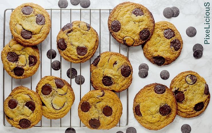 cookies caramellati al cioccolato (chewy chocolate chunk)