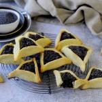 Orecchie di Haman (Hamantaschen): Biscotti Triangolari Ripieni di Semi di Papavero