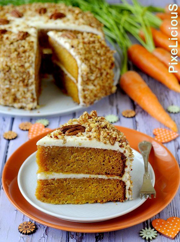 Carrot Cake, Torta di Carote con Frosting al Formaggio e Noci Pecan