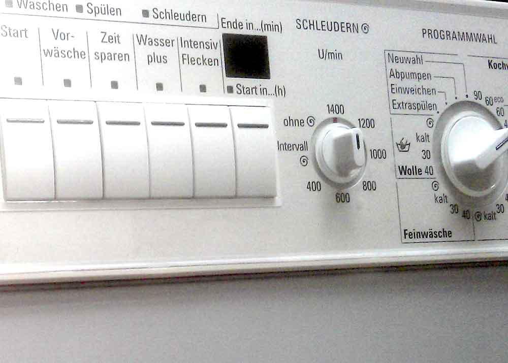 Die richtige Bedienung der Waschmaschine und die Beachtung der Pflegesymbole führen zum besten Waschergebnis