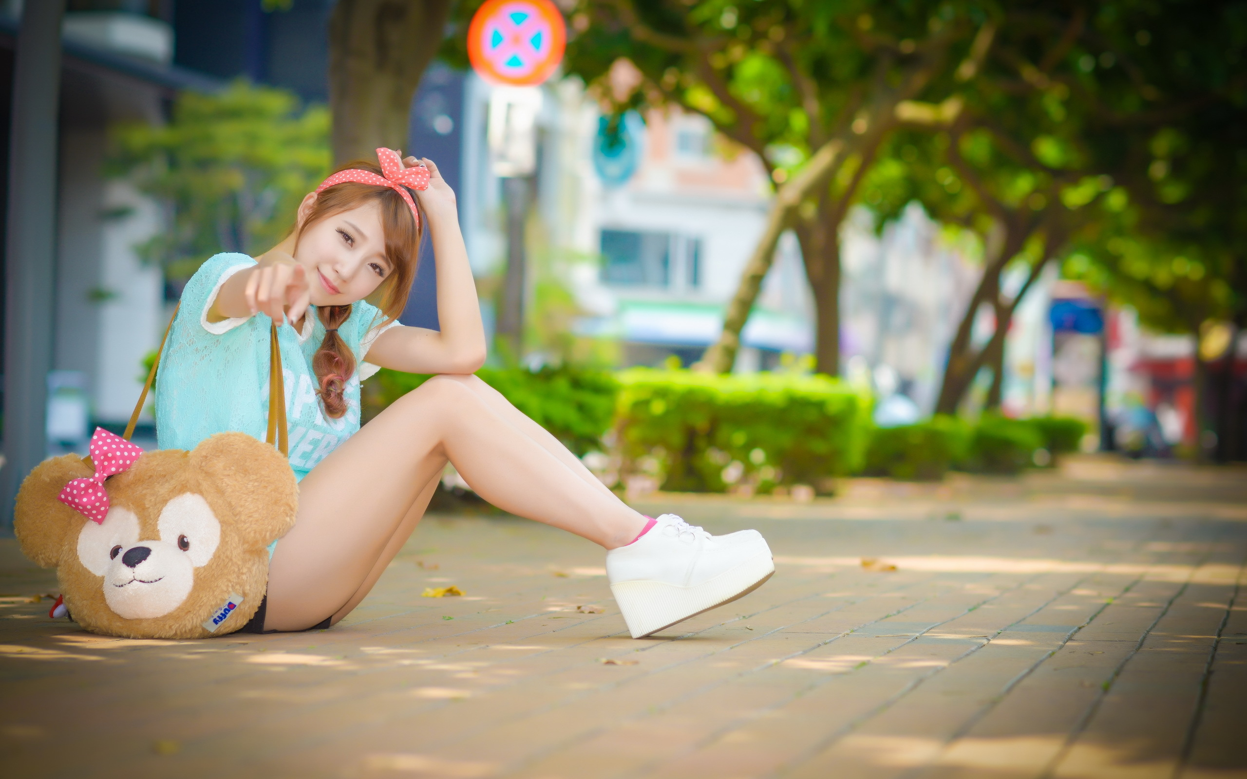 Download Free Asian Girls Background