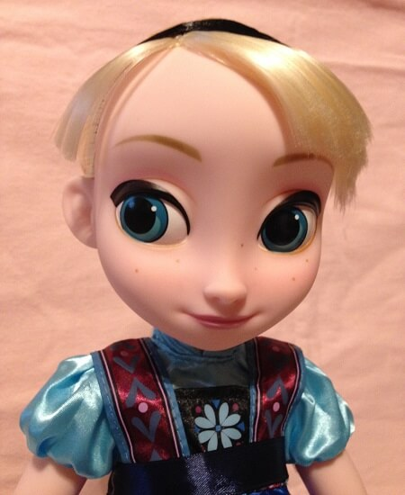 Close up view of Elsa.