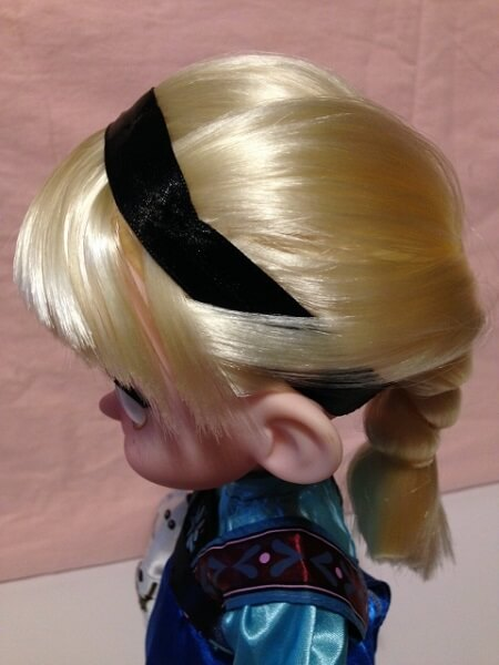 Image of Elsa's Headband.
