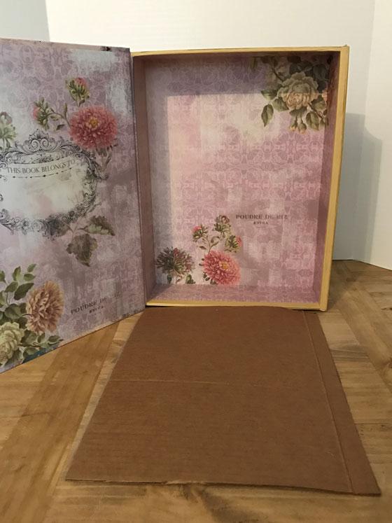 Image Of Box With Cardboard Floor
