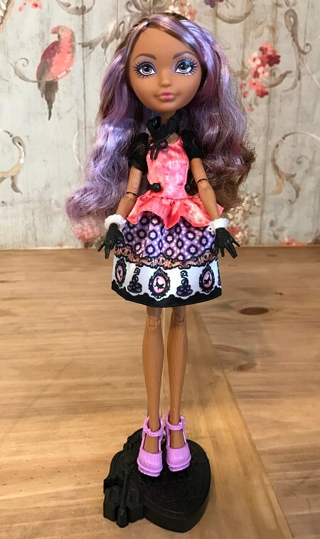 Reviewing Ever After High Cedar Wood Doll
