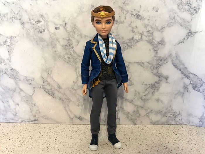 Review of Ever After High Dexter Charming doll.