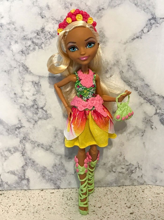 Nina Thumbell doll from Ever After High.