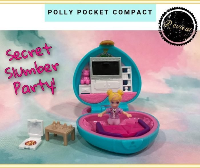 Today we're looking at the Secret Slumber Party Polly Pocket Compact!