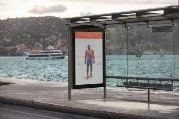 free-outdoor-advertising-mockup