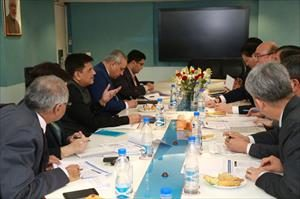 2-meeting-with-delegation-of-doosan-heavy-industries-construction-co-korea-led-by-mr-ji-taik-chung-vice-chairman-ceo-doosan