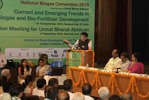 3-_inaugural_speech_on_inauguration_of_national_biogas_convention_at_iit_delhi_(1)