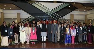 7--group-photo-with-the-winner-of-national-painting-competition