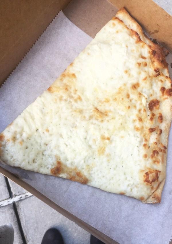 pavia formaggio slice