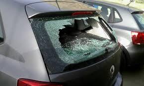 Danneggiata auto in Via Marcello Salomone