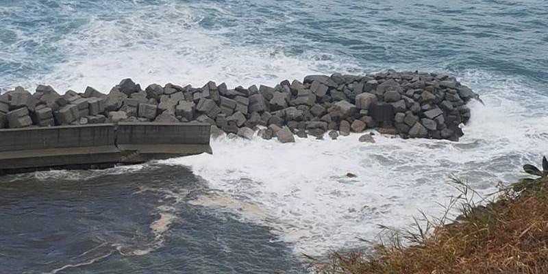 Tutto il litorale da riqualificare Attenzione al molo Pizzapundi