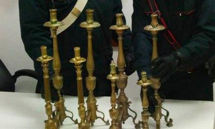 Ritrovati candelabri rubati da chiesa di Pizzo, denunciato 60enne