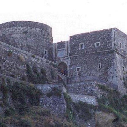 20180619 Immagini del Castello di Pizzo