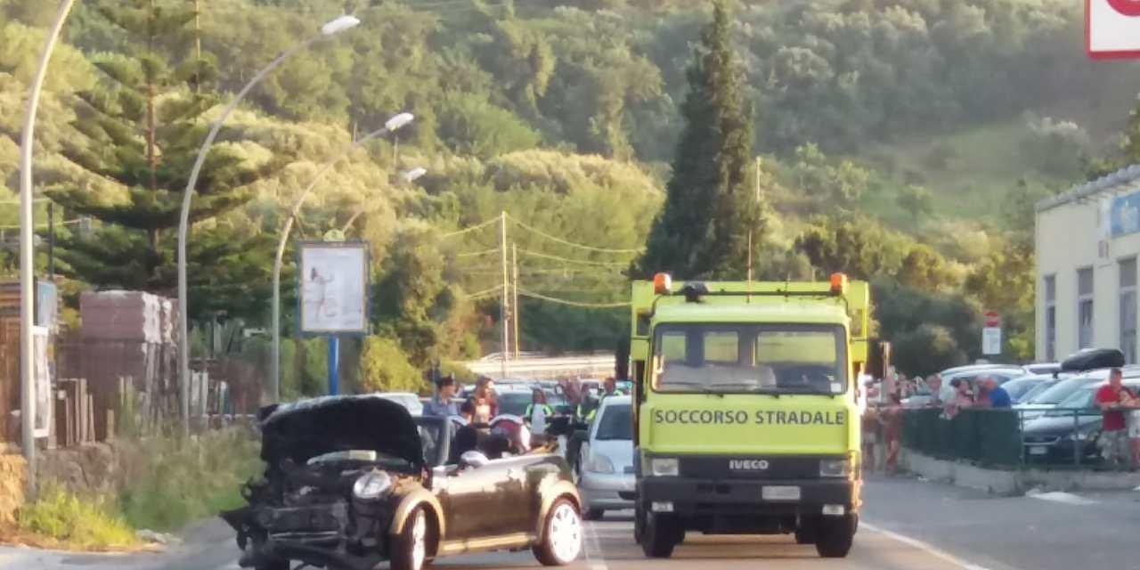 Auto con 4 giovani contro un muro a Pizzo, una ragazza trasportata in eliambulanza a Catanzaro – Zoom24