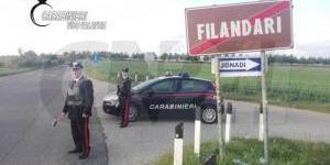 Controlli nel Vibonese, trovate tre auto rubate e munizioni di diverso calibro