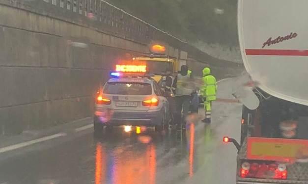Incidente in autostrada nei pressi dello svincolo di Pizzo, traffico bloccato