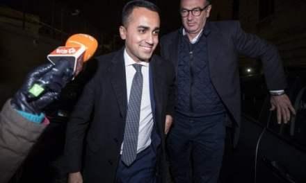 """Caso Diciotti, M5S dice non a processo Salvini. Ministro Interno: """"Ringrazio i 5S"""""""