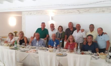 Pizzo, gli ex allievi capitani e macchinisti del Nautico si ritrovano dopo 50 anni