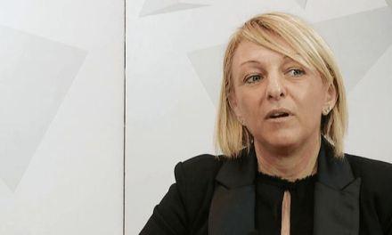 «Vado con Renzi»: Conzatti è la prima parlamentare di Fi che saluta il Cav