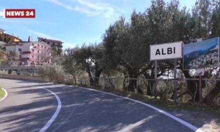 Terremoto ad Albi, gente in strada e scuole chiuse: «Abbiamo paura»