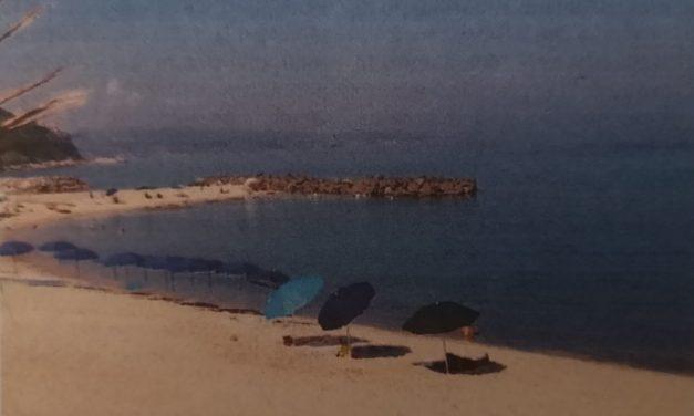 Il mare di Pizzo invaso dalle fogne, divieto di balneazione al lido Malfera'