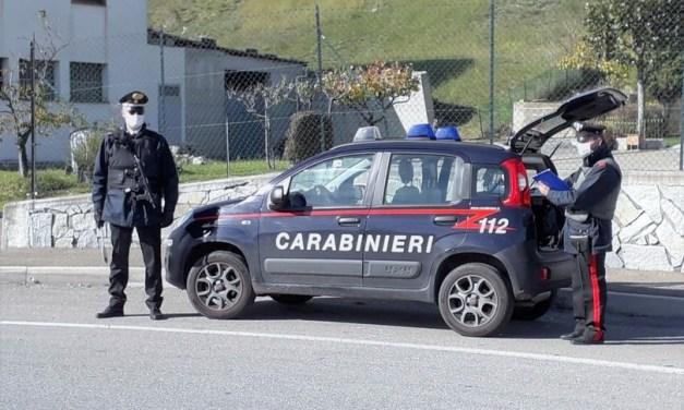 A Vibo Valentia applausi al boss della 'ndrangheta mentre viene portato in carcere