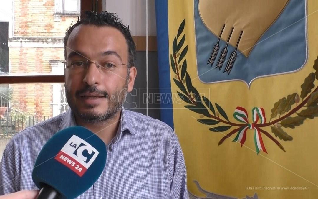 Vaccini ai dipendenti della Regione, il sindaco Scerbo di Marcellinara insiste: «Pfizer per tutti i dipendenti comunali»