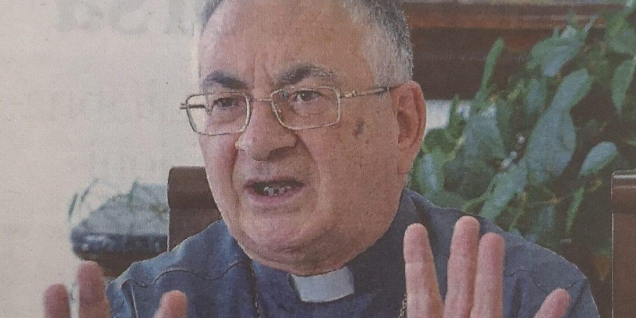 Dimissioni imposte dal Vaticano Mons. Renzo rimane in silenzio