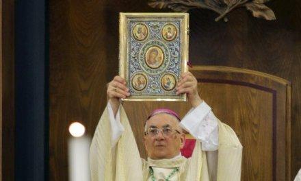 Mileto, l'addio del vescovo Luigi Renzo: ancora avvolte nel mistero le dimissioni FOTO – VIDEO – Gazzetta del Sud