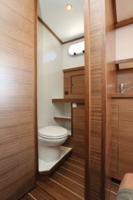 VED1030_cabin_08