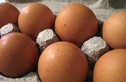 Locally produced Free range eggs (chicken)