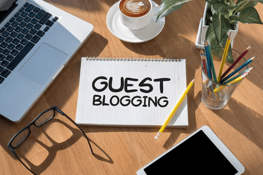 Place de la Communication lance son guest blogging