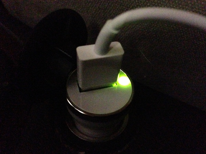Chargeur allume cigare lightning