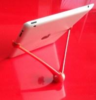 L'iPad debout