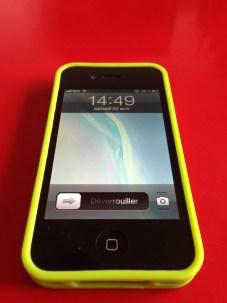 La coque en place sur l'iPhone