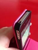 L'iPhone est bien maintenu dans la coque