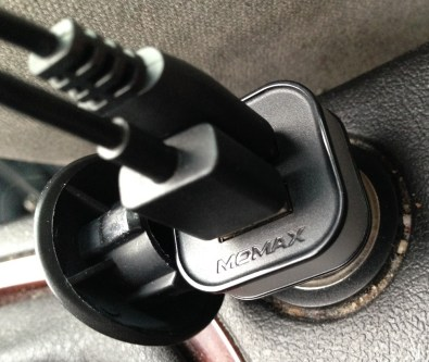 Gagne ton chargeur voiture double USB Momax Lightning