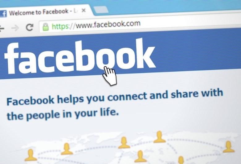 Recrutement sur Internet: Facebook s'attaque à LinkedIn